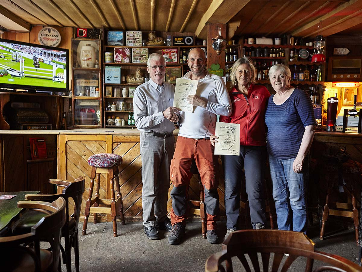 LR Osborne Pub Jonathan Andrew IMG_4020