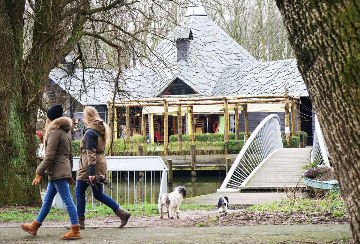 Delft-Groene-Hart-Café-Knus-Delftse-Hout_bewerkt-1